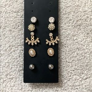 5 pairs of earrings all in great condition